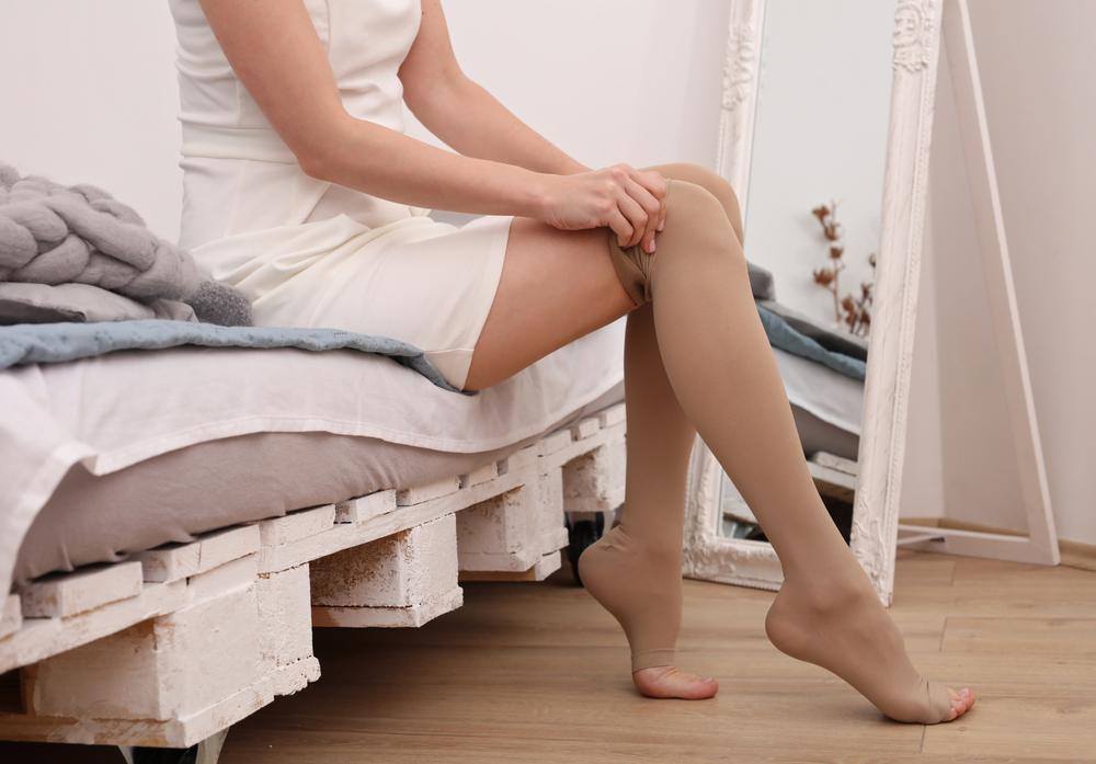 壓力襪幫助久站靜脈曲張改善